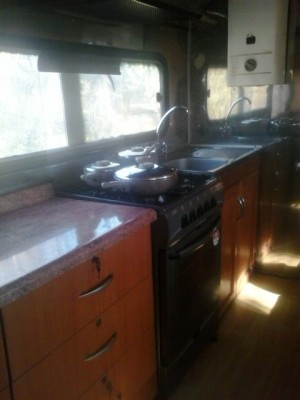 Bus mercedes benz a�o 1973 transformada en casa rodante